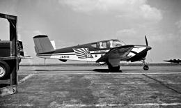 Y.Todaさんが、羽田空港で撮影した朝日新聞社 35 Bonanzaの航空フォト(飛行機 写真・画像)