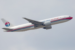 mameshibaさんが、成田国際空港で撮影した中国貨運航空 777-F6Nの航空フォト(飛行機 写真・画像)