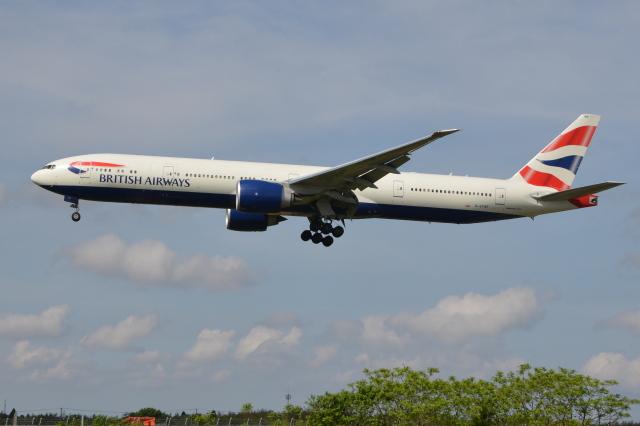 Deepさんが、成田国際空港で撮影したブリティッシュ・エアウェイズ 777-336/ERの航空フォト(飛行機 写真・画像)