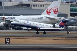 kaz787さんが、伊丹空港で撮影したアイベックスエアラインズ CL-600-2C10 Regional Jet CRJ-702ERの航空フォト(飛行機 写真・画像)