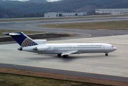 LEVEL789さんが、岡山空港で撮影したコンチネンタル・ミクロネシア 727-227/Advの航空フォト(飛行機 写真・画像)