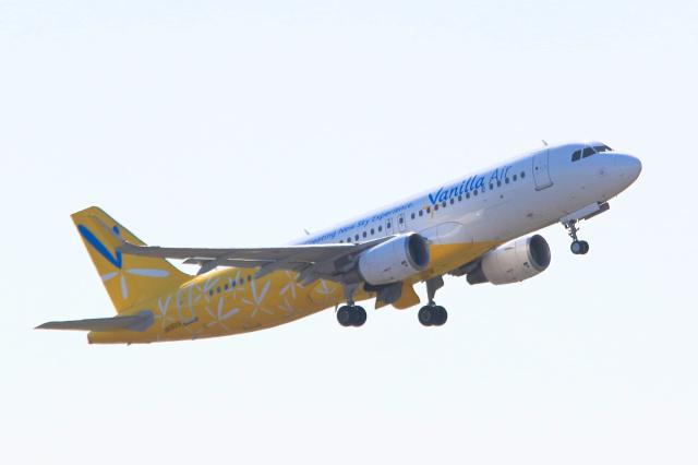 inyoさんが、成田国際空港で撮影したバニラエア A320-214の航空フォト(飛行機 写真・画像)