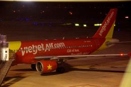 yabyanさんが、ノイバイ国際空港で撮影したベトジェットエア A320-214の航空フォト(飛行機 写真・画像)