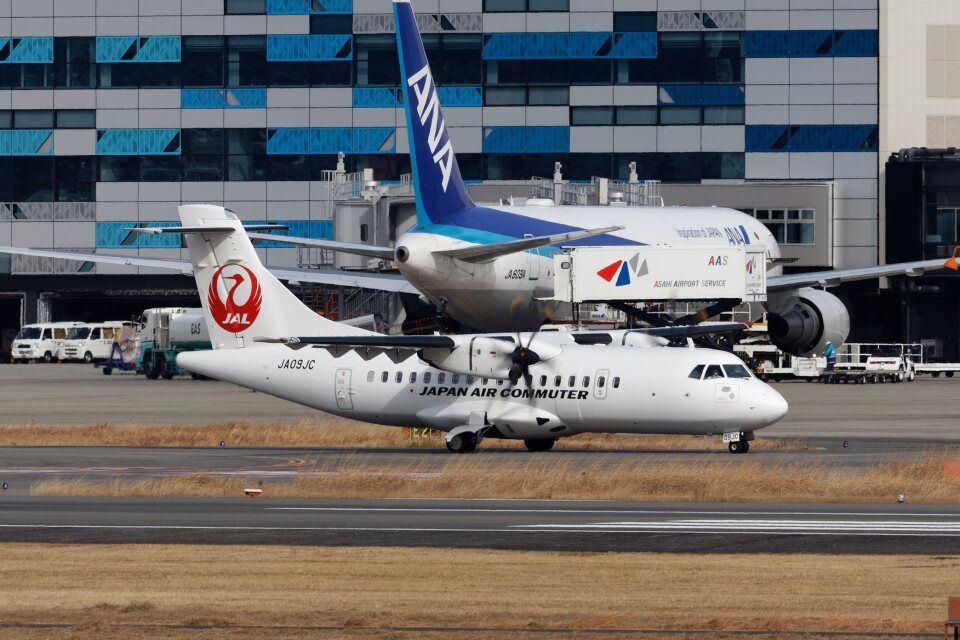 khideさんの日本エアコミューター ATR 42 (JA09JC) 航空フォト