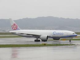 LOVE767さんが、関西国際空港で撮影したチャイナエアライン 777-Fの航空フォト(飛行機 写真・画像)