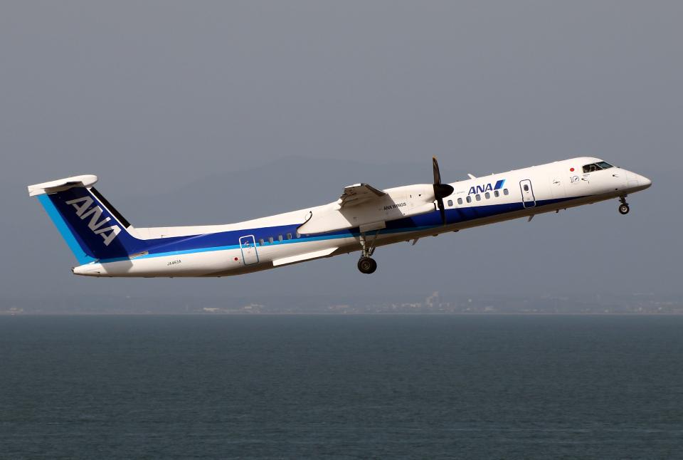 なごやんさんのANAウイングス Bombardier DHC-8-400 (JA463A) 航空フォト