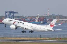 プルシアンブルーさんが、羽田空港で撮影した日本航空 A350-941の航空フォト(飛行機 写真・画像)
