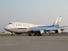 れぐぽよさんが、小松空港で撮影した全日空 747-481(D)の航空フォト(飛行機 写真・画像)
