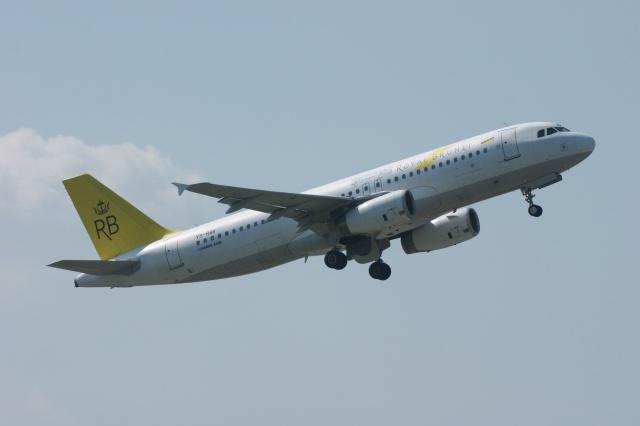 磐城さんが、スワンナプーム国際空港で撮影したロイヤルブルネイ航空 A320-232の航空フォト(飛行機 写真・画像)