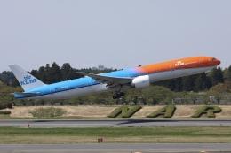 sky-spotterさんが、成田国際空港で撮影したKLMオランダ航空 777-306/ERの航空フォト(飛行機 写真・画像)