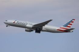 sky-spotterさんが、成田国際空港で撮影したアメリカン航空 777-223/ERの航空フォト(飛行機 写真・画像)