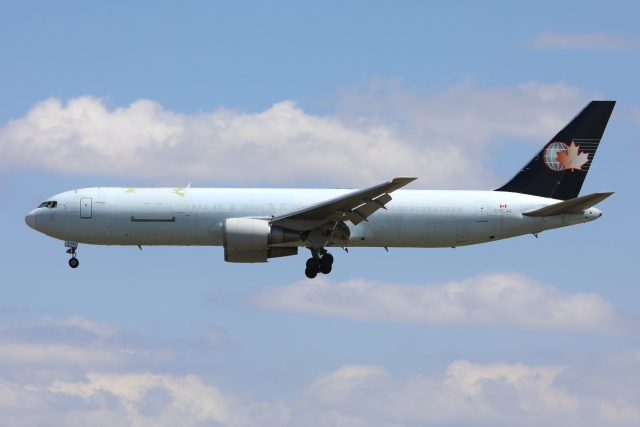 航空フォト:C-FCAE カーゴジェット・エアウェイズ 767-300