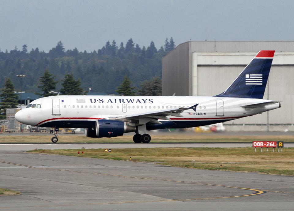 voyagerさんのUSエアウェイズ Airbus A319 (N746UW) 航空フォト