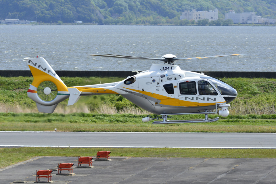 Gambardierさんの中日本航空 Eurocopter EC135/635 (JA04HT) 航空フォト