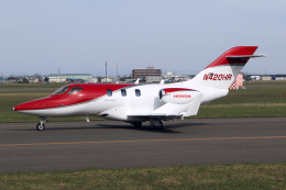 Echo-Kiloさんが、札幌飛行場で撮影したアメリカ企業所有 HA-420の航空フォト(飛行機 写真・画像)