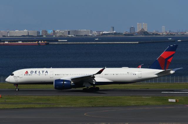 チャーリーマイクさんが、羽田空港で撮影したデルタ航空 A350-941の航空フォト(飛行機 写真・画像)