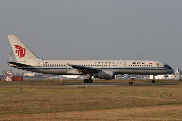 もぐ3さんが、福岡空港で撮影した中国国際航空 757-2Z0の航空フォト(飛行機 写真・画像)