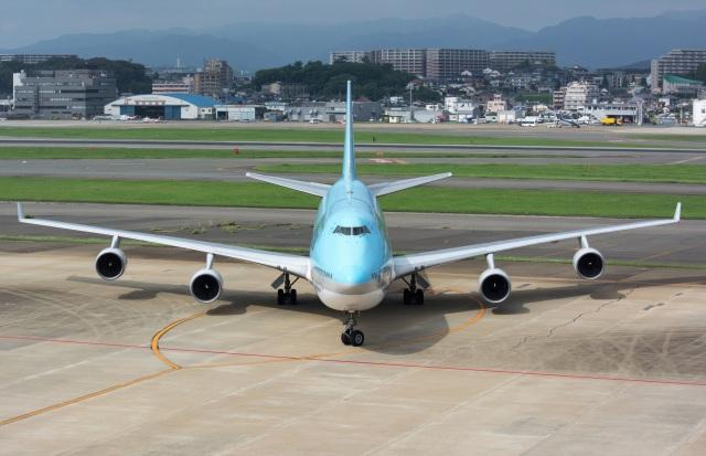 kan787allさんが、福岡空港で撮影した大韓航空 747-4B5の航空フォト(飛行機 写真・画像)
