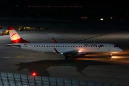 S.Hayashiさんが、ウィーン国際空港で撮影したオーストリア航空 ERJ-190-200 LR (ERJ-195LR)の航空フォト(飛行機 写真・画像)