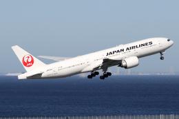 chrisshoさんが、羽田空港で撮影した日本航空 777-246/ERの航空フォト(飛行機 写真・画像)