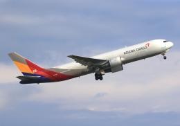 LOTUSさんが、関西国際空港で撮影したアシアナ航空 767-38EF/ERの航空フォト(飛行機 写真・画像)