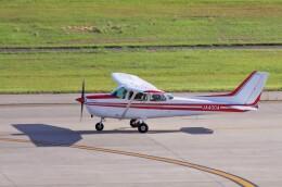 mild lifeさんが、神戸空港で撮影した日本個人所有 172P Skyhawk IIの航空フォト(飛行機 写真・画像)