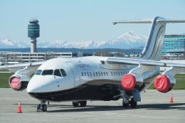 thomasYVRさんが、バンクーバー国際空港で撮影したノース・カリブー・エア Avro 146-RJ100の航空フォト(飛行機 写真・画像)
