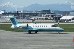 thomasYVRさんが、バンクーバー国際空港で撮影したロンドン・エア・サービス 75の航空フォト(飛行機 写真・画像)