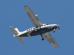 丸めがねさんが、調布飛行場で撮影したアジア航測 208B Grand Caravanの航空フォト(飛行機 写真・画像)