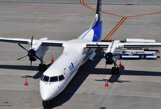 鈴鹿@風さんが、中部国際空港で撮影したANAウイングス DHC-8-402Q Dash 8の航空フォト(飛行機 写真・画像)