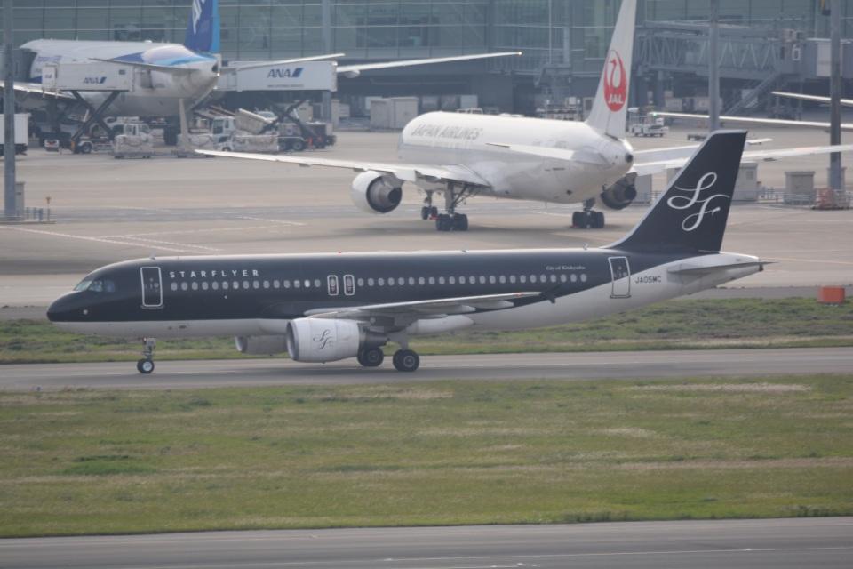 LEGACY-747さんのスターフライヤー Airbus A320 (JA05MC) 航空フォト