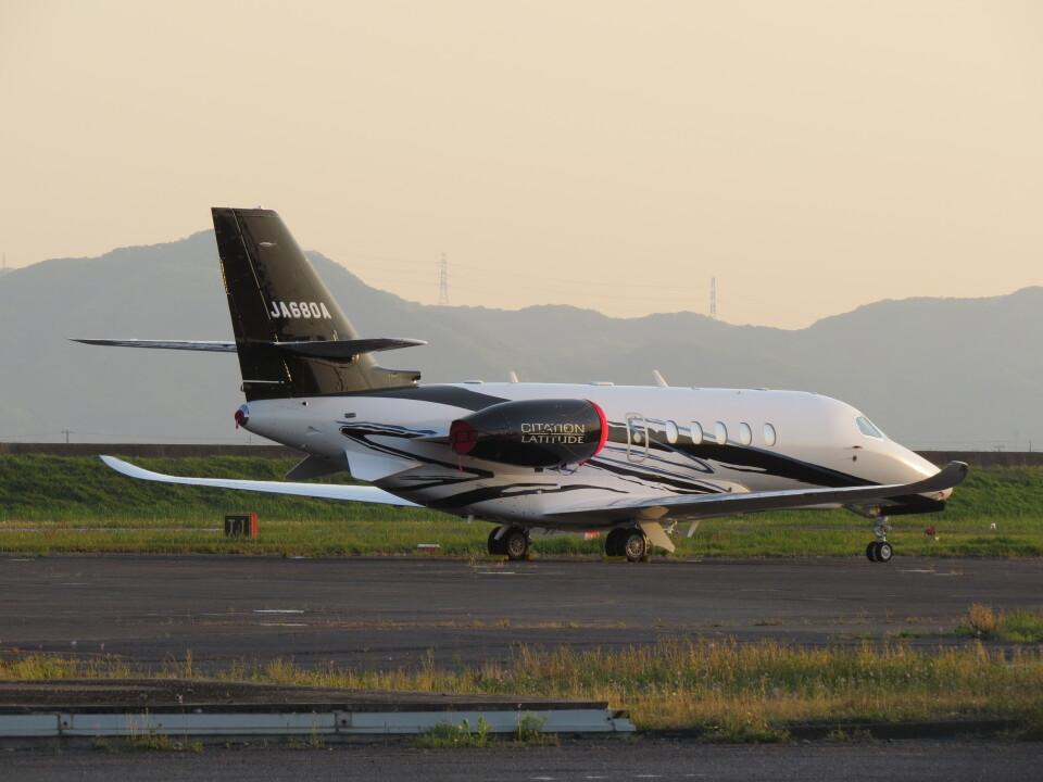 F.YUKIHIDEさんのグラフィック Cessna Citation Latitude (JA680A) 航空フォト