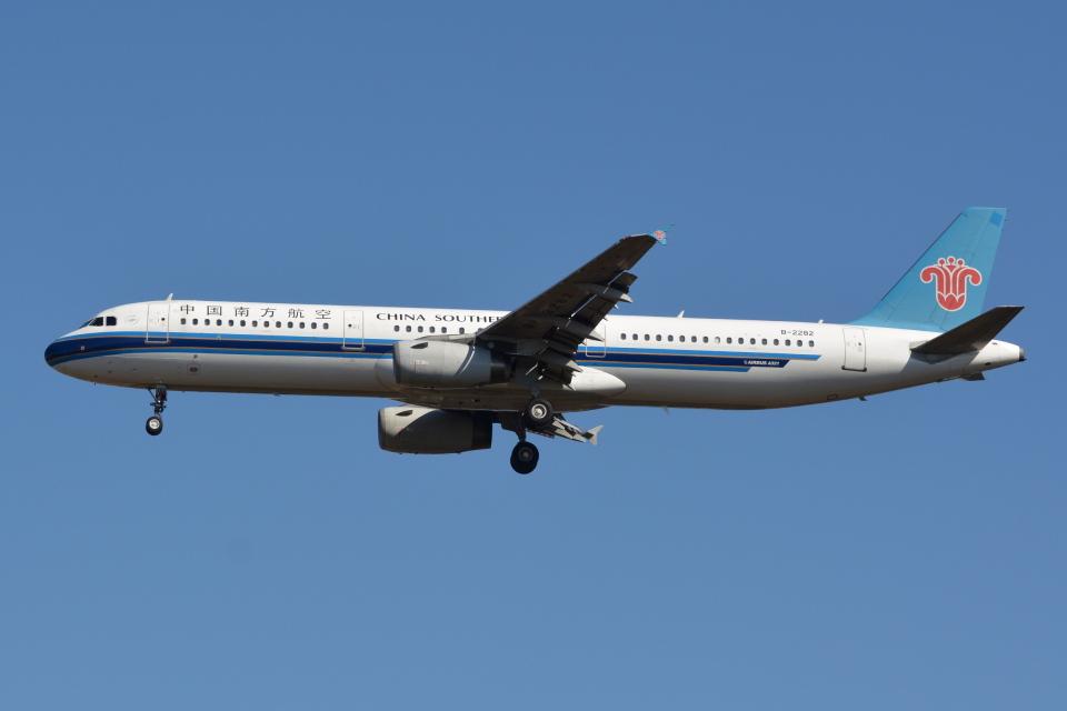Deepさんの中国南方航空 Airbus A321 (B-2282) 航空フォト