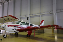 Wasawasa-isaoさんが、小松空港で撮影した航空大学校 E33 Bonanzaの航空フォト(飛行機 写真・画像)