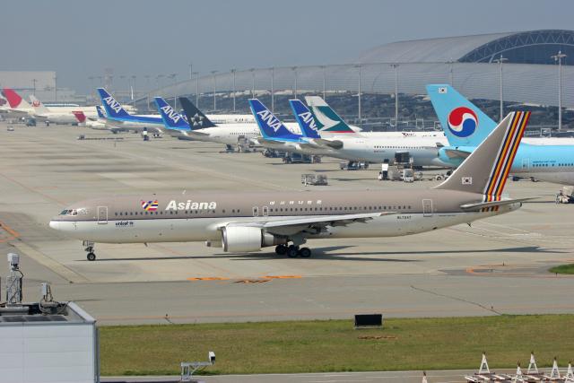 tsubameさんが、関西国際空港で撮影したアシアナ航空 767-38Eの航空フォト(飛行機 写真・画像)