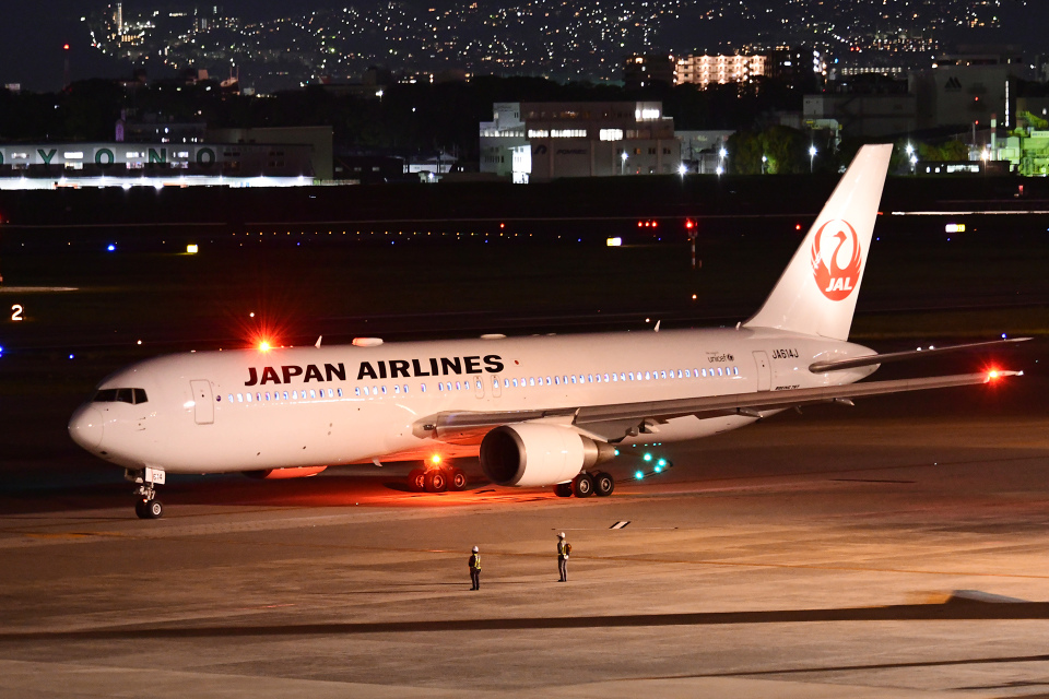 TOPAZ102さんの日本航空 Boeing 767-300 (JA614J) 航空フォト