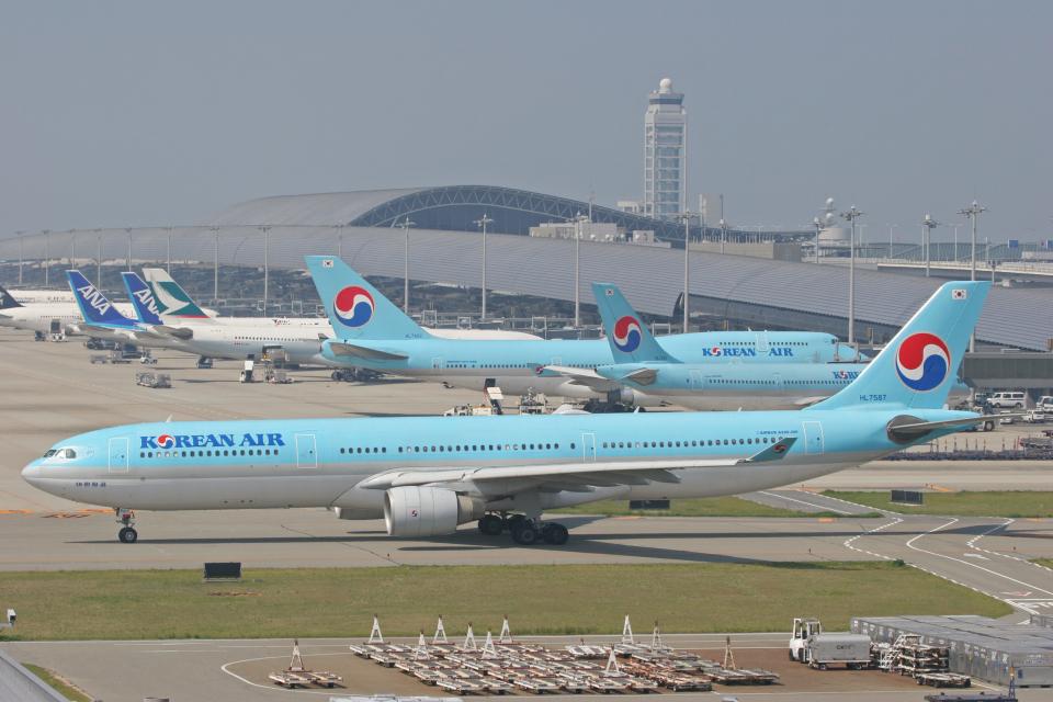 tsubameさんの大韓航空 Airbus A330-300 (HL7587) 航空フォト