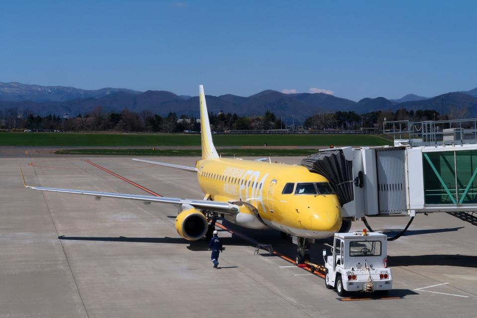 Hiro-hiroさんのフジドリームエアラインズ Embraer 175 (JA07FJ) 航空フォト