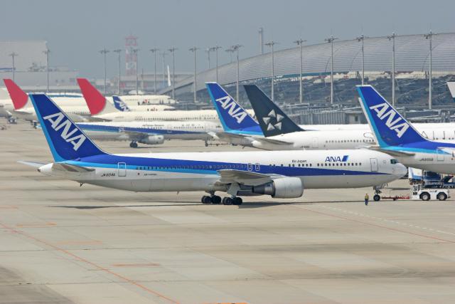 tsubameさんが、関西国際空港で撮影した全日空 767-381/ERの航空フォト(飛行機 写真・画像)