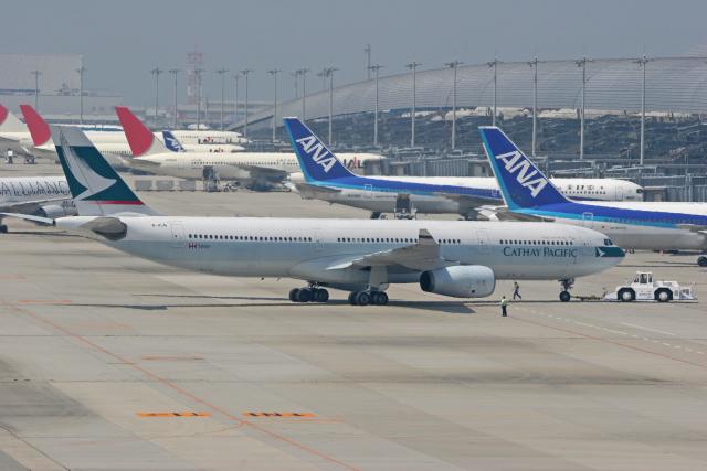 tsubameさんが、関西国際空港で撮影したキャセイパシフィック航空 A330-343Xの航空フォト(飛行機 写真・画像)