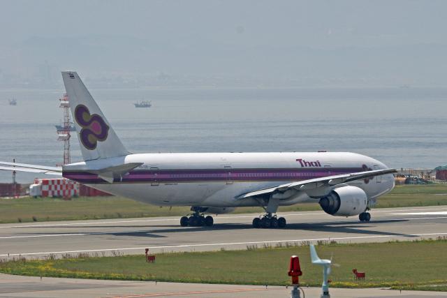 tsubameさんが、関西国際空港で撮影したタイ国際航空 777-2D7の航空フォト(飛行機 写真・画像)
