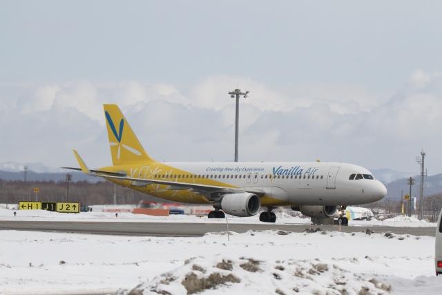 344さんが、新千歳空港で撮影したバニラエア A320-214の航空フォト(飛行機 写真・画像)