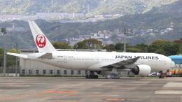 誘喜さんが、伊丹空港で撮影した日本航空 777-289の航空フォト(飛行機 写真・画像)