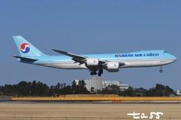 tassさんが、成田国際空港で撮影した大韓航空 747-8HTFの航空フォト(飛行機 写真・画像)