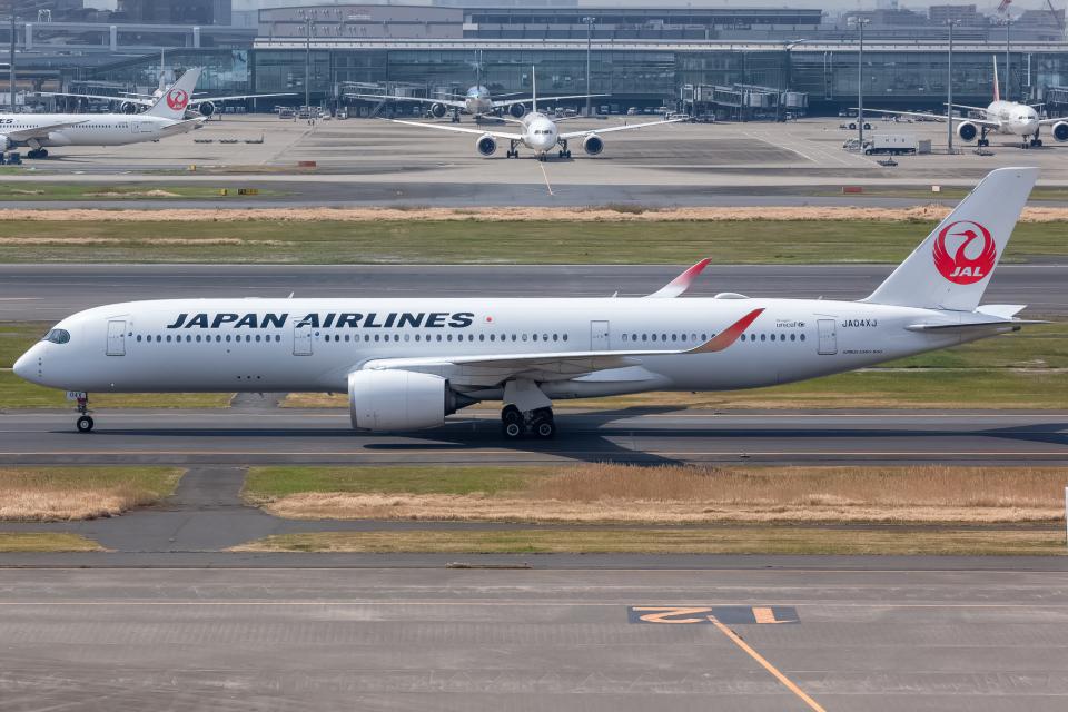 KoshiTomoさんの日本航空 Airbus A350-900 (JA04XJ) 航空フォト