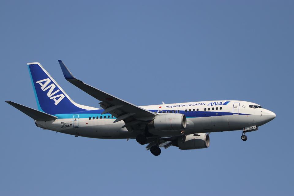 imosaさんの全日空 Boeing 737-700 (JA06AN) 航空フォト