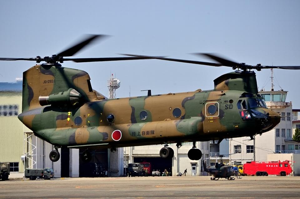LUCHObyNOSAさんの陸上自衛隊 Kawasaki CH-47J Chinook (52931) 航空フォト