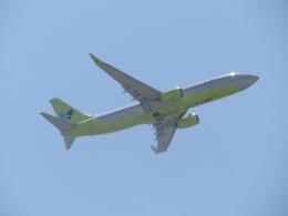 commet7575さんが、福岡空港で撮影したジンエアー 737-8SHの航空フォト(飛行機 写真・画像)