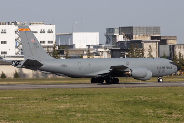 KANTO61さんが、横田基地で撮影したアメリカ空軍 KC-135R Stratotanker (717-148)の航空フォト(飛行機 写真・画像)