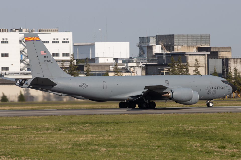 KANTO61さんのアメリカ空軍 Boeing C-135 Stratolifter (64-14829) 航空フォト